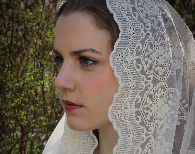 Evintage Veils~ Our Lady of Angels** Antique Ivory  Vintage Inspired Lace Chapel Veil Mantilla Infinity Veil