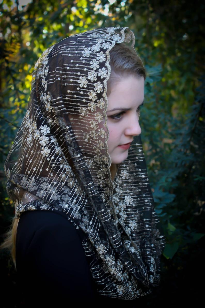 Evintage Veils~ READY TO SHIP Stella Maris GoldBlack  or GoldIvory Embroidered  Traditional  Infinity Shape Mantilla Chapel Veil