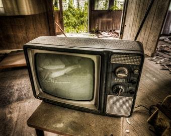 Abandoned House TV - Urbex, Urban Decay Photography