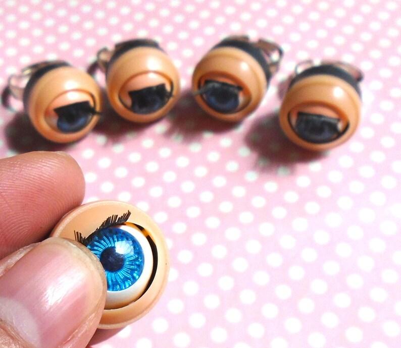 I am doll eyes ring