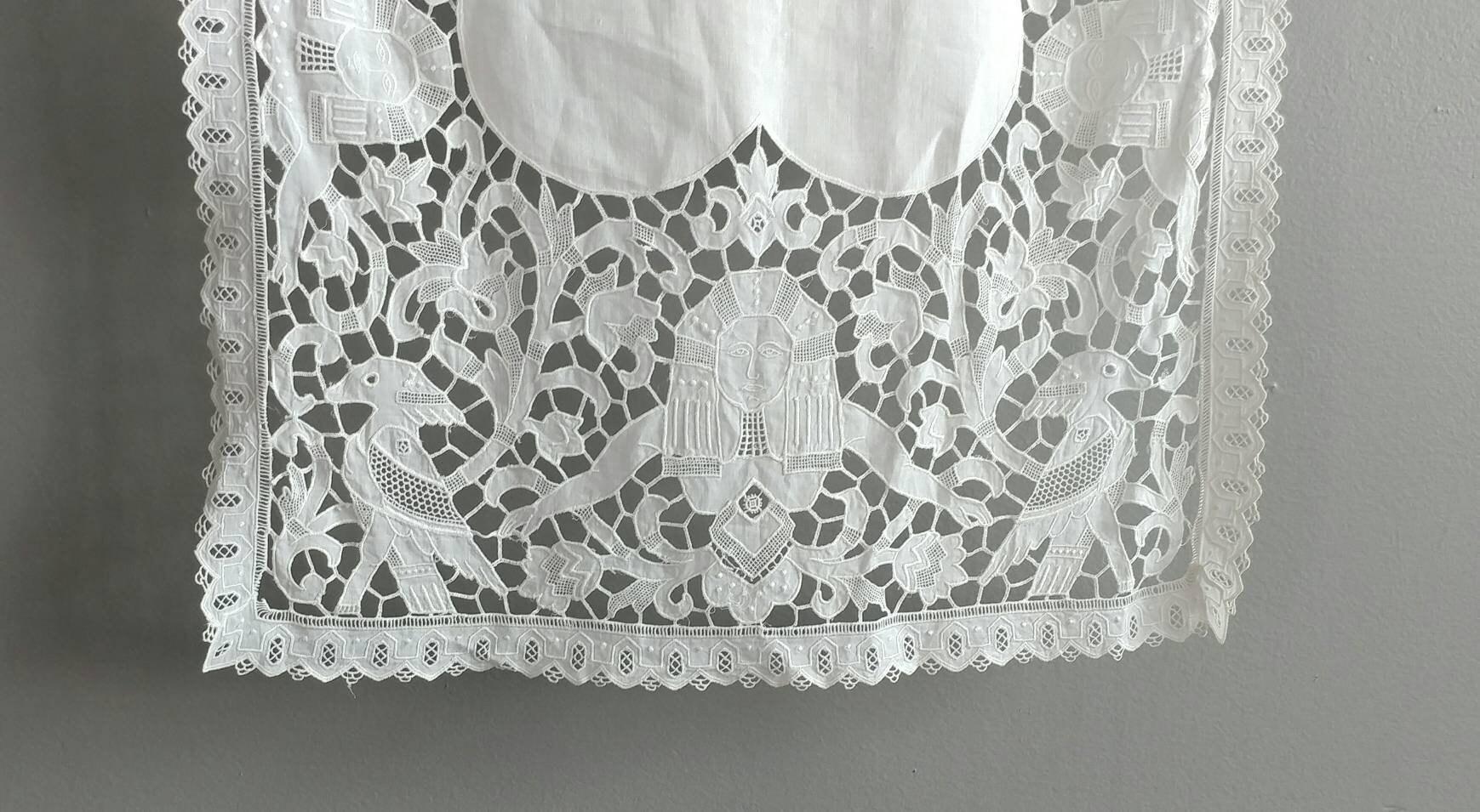 Egyptian Revival dentelle Runner coton égyptien Sphinx dentelle blanche blanche blanche à la main Vintage Lin Lin caractères égyptiens Textiles Vintage Egypte cebd0c