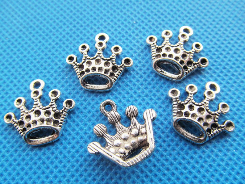 17.15mmx18.14mm Antique Silver tone Crown Pendant CharmFinding,DIY Accessory Jewellry Making