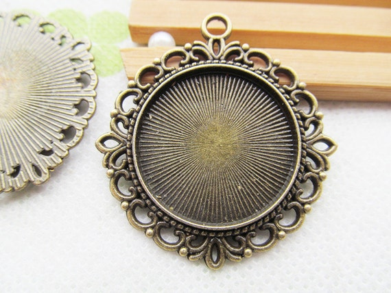 Antique Bronze Base Setting Tray Bezel Pendant CharmFinding,Round Beads Border,fit 20mm Round CabochonPictureCameo