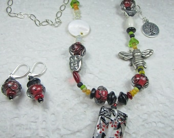 "KSDesigns - ""Birds & Bees'"" with Blackbirds OOAK sterling necklace and earring set"