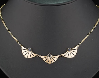 Art Deco French natural sapphire design necklace