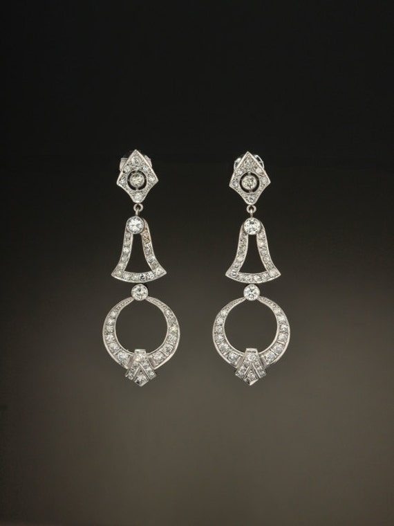 71b59a49f13c7 Art Deco Striking 4 Ct diamond and platinum sophisticated drop earrings
