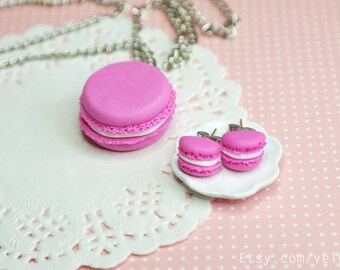 Macaron jewelry set, Polymer Clay Food neckalce, Macaron stud earrings, Miniature food jewelry, French macaron, Parisian Miniature Pastries