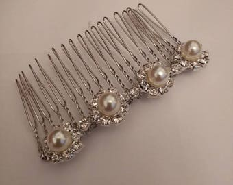 Simple and Elegant Hair Comb...Pearl and Diamante Hair Comb