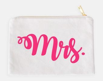 Bride Cosmetic Bag - White Makeup Bag, Makeup Brush Holder, Lashes Make Up Bag, Makeup Storage, Cosmetic Bag, Cosmetic Organizer, Bridal