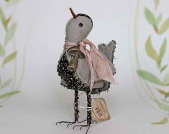 Vogel hand genäht aus Filz mit Pilz-Anhänger