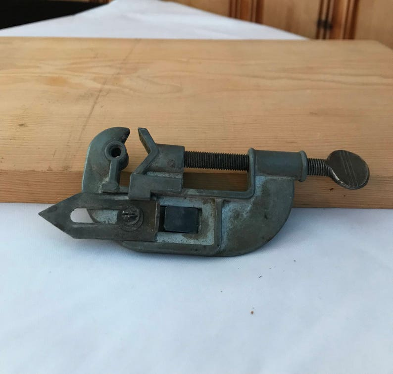 Vintage Metal Tubing Cutter with Reamer