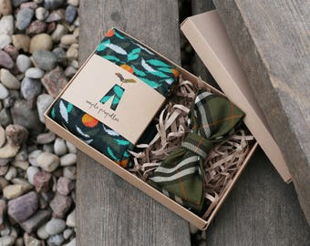 Mens gift dress socks and matching bow tie | moss green & botanical pattern