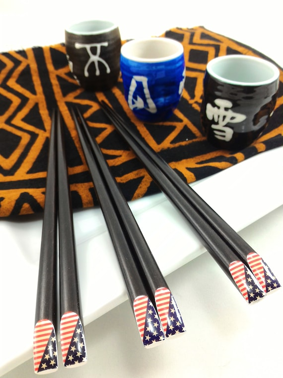 2 Sets of porcelain chopstick rests for 4 pairs of chopsticks cute 11 u