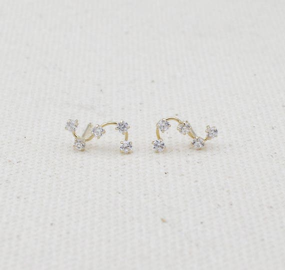 0.25ct c z U.S made 14k yellow or white gold tiny pendant with round 4 mm