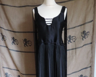 "Fringe dress ""Vanessa"", gothic, 1925 inspiration"