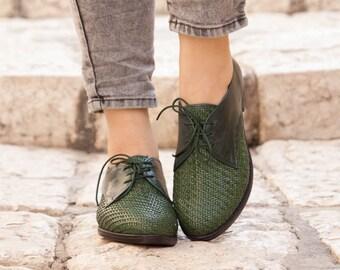 72038d9cffe4f Cerca de cuero zapatos de mujer zapatos de Oxford azul