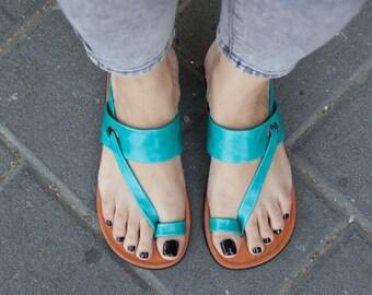 Cuir turquoise sandales, sandales asymétriques, chaussures, sandales Turquoise, plat sandales d'été, livraison gratuite
