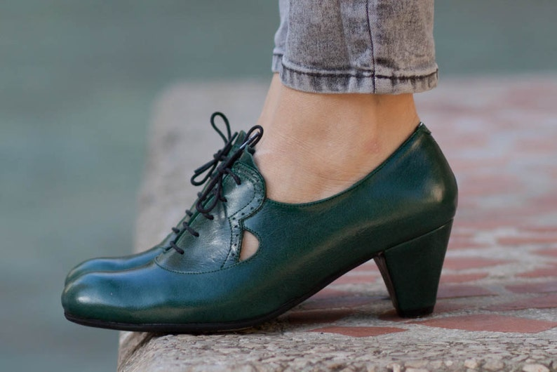 Pelle scarpe decolletè danza scarpe decolletè con tacco  ece6bddd45a