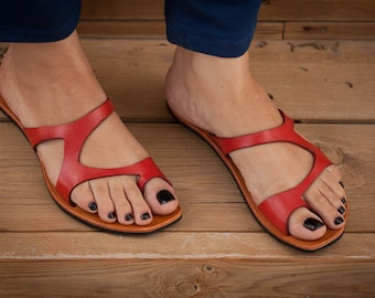Sandales en cuir rouge, sandales rouges, sandales asymétriques, été chaussures, tongs, sandales plates, livraison gratuite