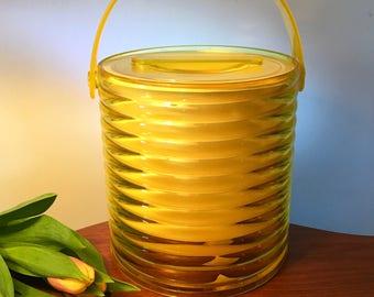 Retro rare 60s ice bucket by Plastics Consolidated