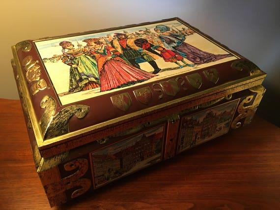 Vintage lithographed biscuit tin box Schmidt,Collectible tin box,Storage box,Farmhouse decor,Cottage chic,Box with castle,German vintage