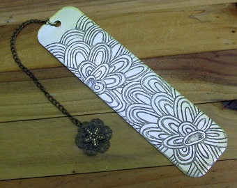 Metal Etched Brass Bookmark Big Flowers