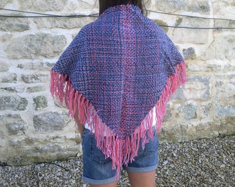 Merino triangle shawl with fringe