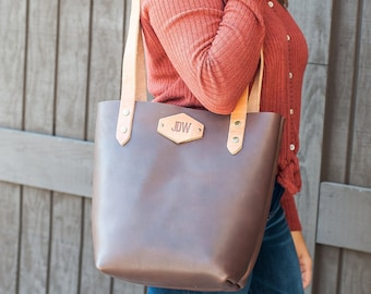Personalized Leather Tote Bag with Inner Pocket - Classic (No Closure)