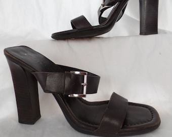 d6bef0f413f0b6 late 80s authentic PRADA 2 wide strap chunky heel mule slide sandal  Prada  name enameled buckle  size 39.5  US 9 women