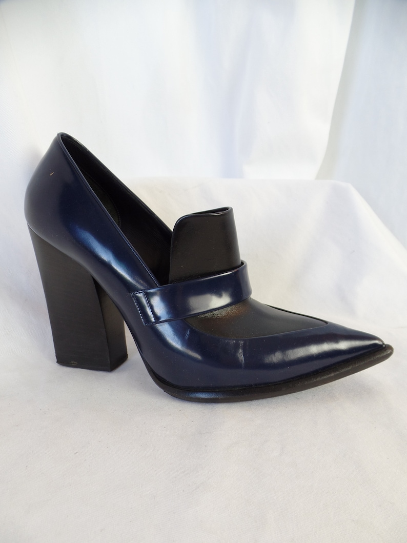 7fa6f7438913a vintage CELINE Paris pointy toe color block chunky heel loafer/ deep indigo  blue and black/ made in Italy: size 39