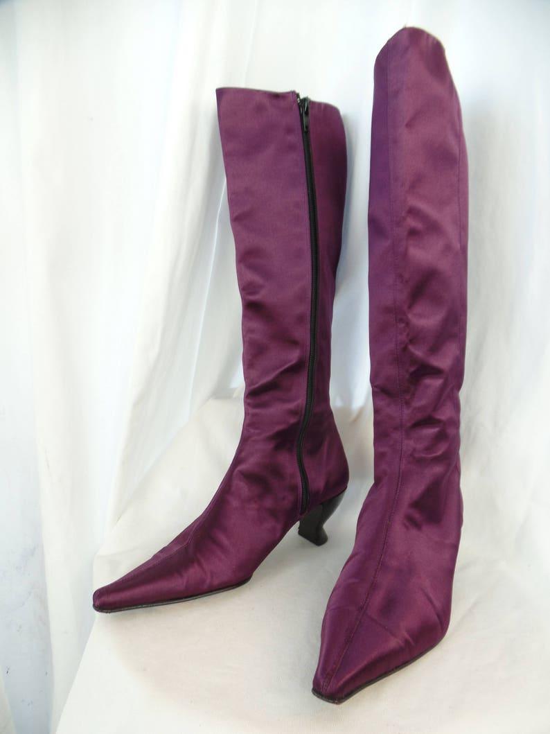 eb51a17c04d Vintage URSULA MASCARO purple satin curvy heel knee hi boots