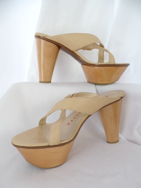 0a8c85efc70e8 80s WALTER STEIGER awesome blonde wood chopine style platform  sandals/slanted heel/hand made : size It 38= US woman 7.5