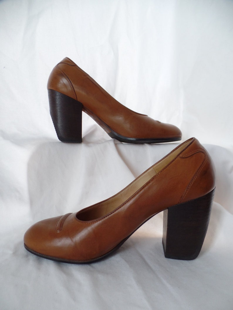 277b3eb893 90s DRIES VAN NOTEN chunky wood heel round toe minimalist