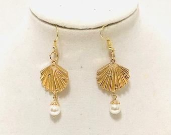 Fan Earrings, Clamshell Earrings, Gold Earrings, Pearl Earrings, J'NING Jewelry, Elegant Earrings, Wedding Jewelry, Bridal Jewelry