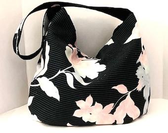 Flower Handbags, Flower Hobobags, Hobo Bags. Hobo Shoulderbags, Boho Bags, Shoulder Bags, Bohemian Bags, J'NING Handbags, Flower Totebags,