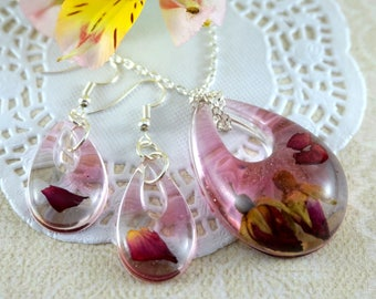 Real flower jewelry set Terrarium necklace Pink necklace drop earrings Real rose necklace Nature necklace Red rose resin necklace pink roses