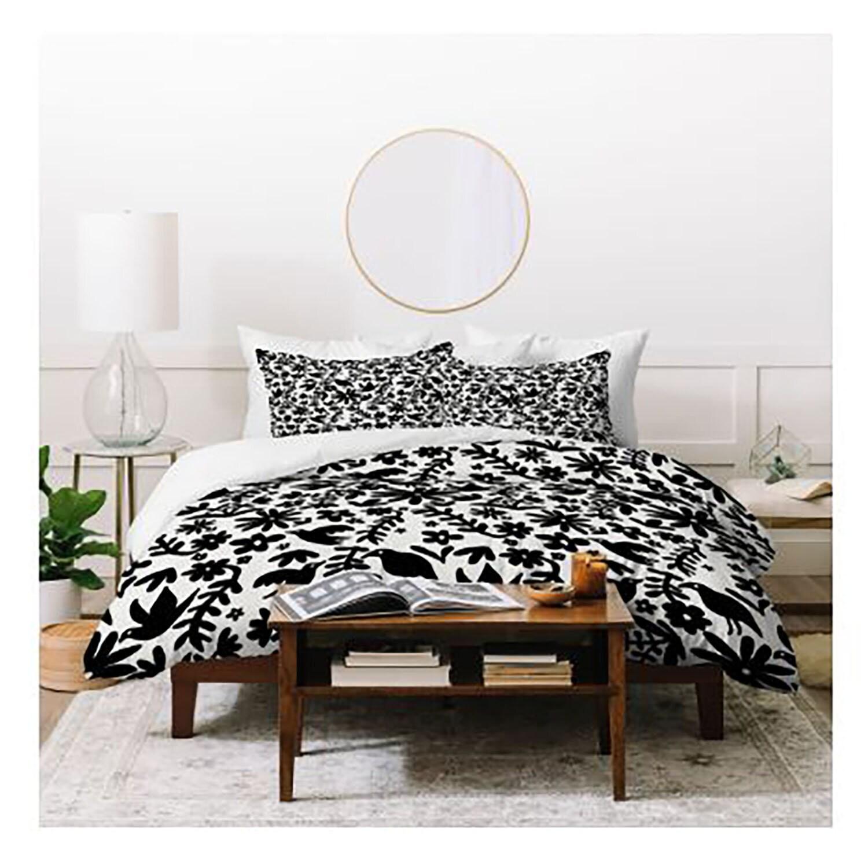 Housse de couette, Otomi impression, sud-ouest, fleurs, feuilles, oiseaux, motif, literie, décor de chambre à coucher, décor à la maison, appartement, dortoir, noir blanc