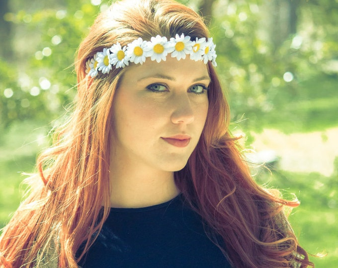 The Loose Lucy flower crown in white, flower crown with white daisies, hippie flower headband OR hat band!