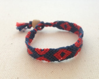 New! Fishman bracelet with button clasp, Phish-inspired macrame bracelet with Fishman donuts