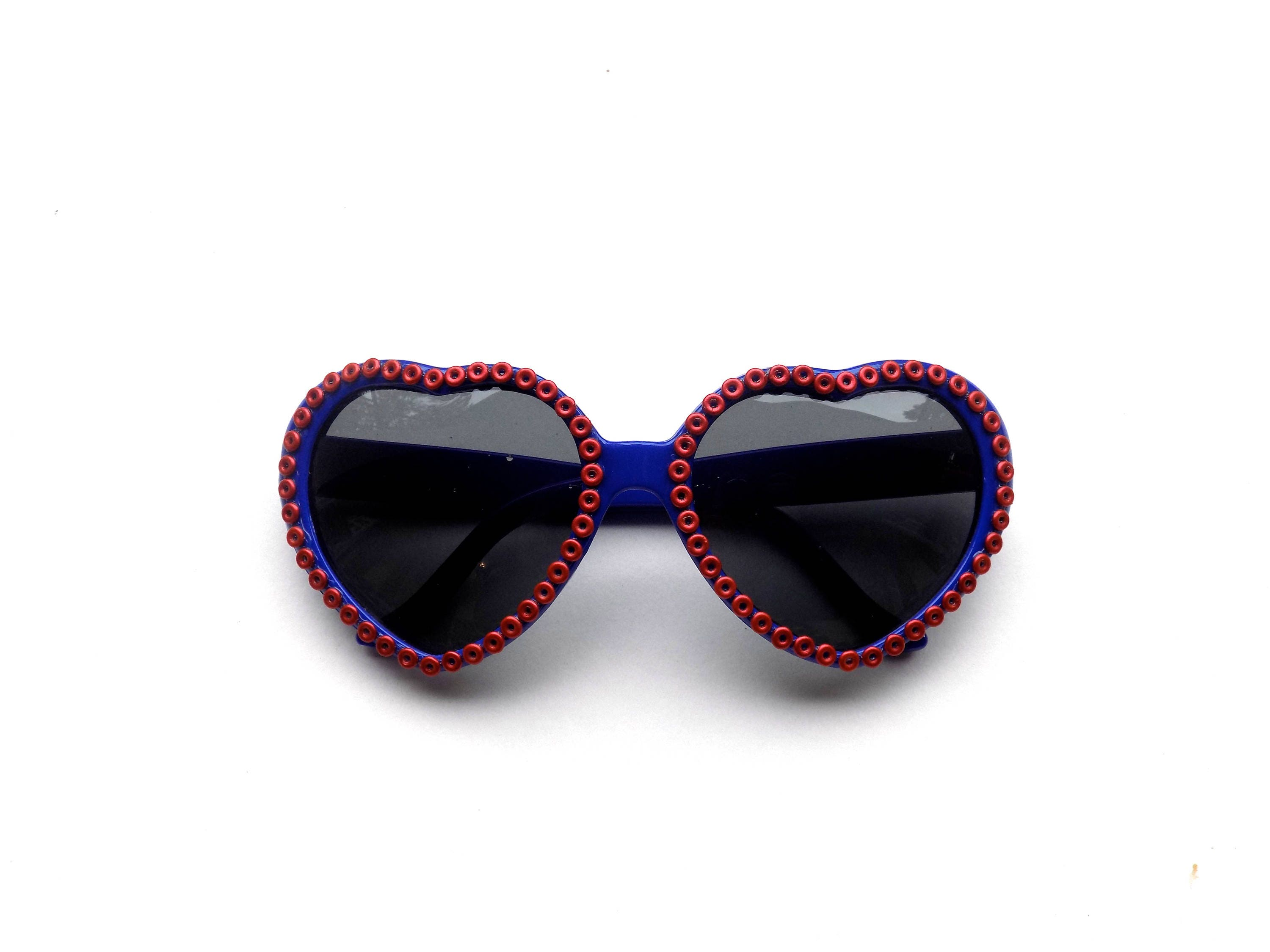 1c5351b915f Phish heart-shaped sunglasses with Fishman donuts! Phishy ...