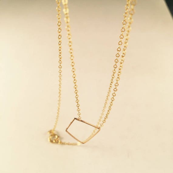 Minimalist shapes in gold
