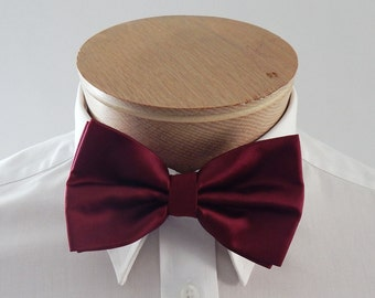 Mens Bowtie Burgundy Solid Banded Pre Tied Bow Tie