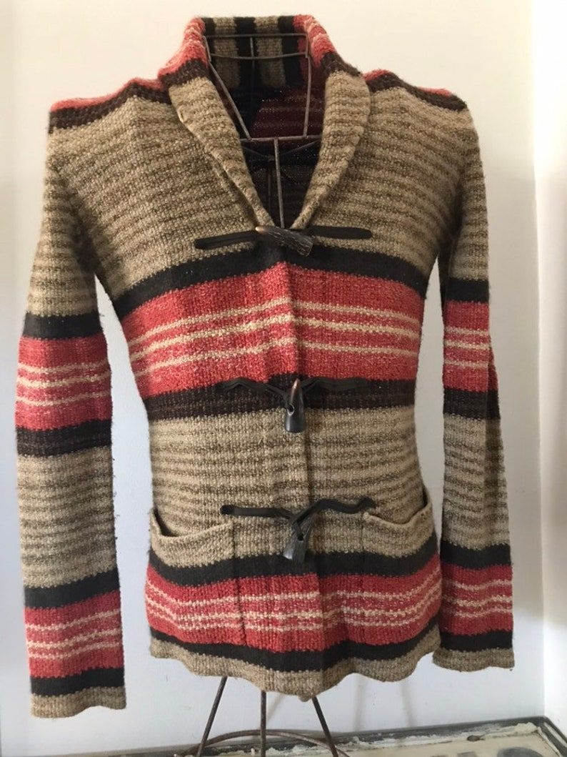 33403570a Ralph Lauren Sweater Hand Knit Toggle Leather Horn Shawl Wrap