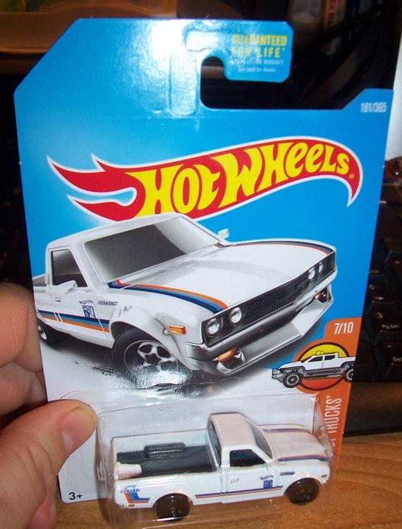 Chaud chaud HW roues 2016 blanc Datsun 620 181/365 camions neuf