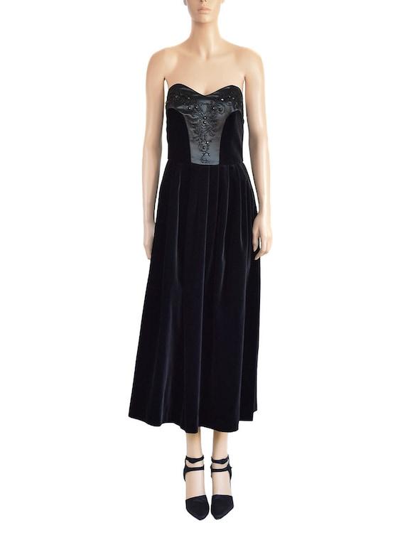 Laura Ashley Beaded Black Velvet Dress, Vintage 9… - image 1