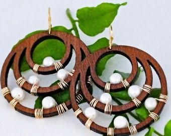 Wood Pearl Circle Earrings Gold Big Pearl Earrings Wood Pearl Earrings Gold Filled Earrings Tribal Earrings Gift under 50 Nature Jewelry