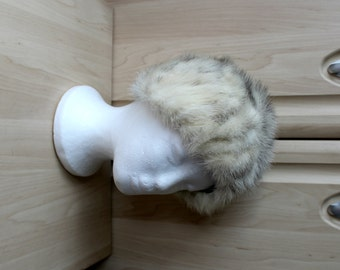 9b9609d431d Vintage Real Cross Mink Strip Fur Hat by Creation Vittorio of Canada H27
