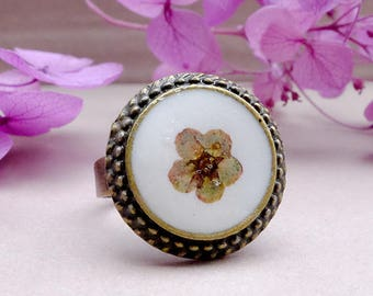 Real flower boho ring, gift for woman, botanical ring, terrarium jewerly, dried flower ring, resin jewelry, dainty ring, adjustable ring