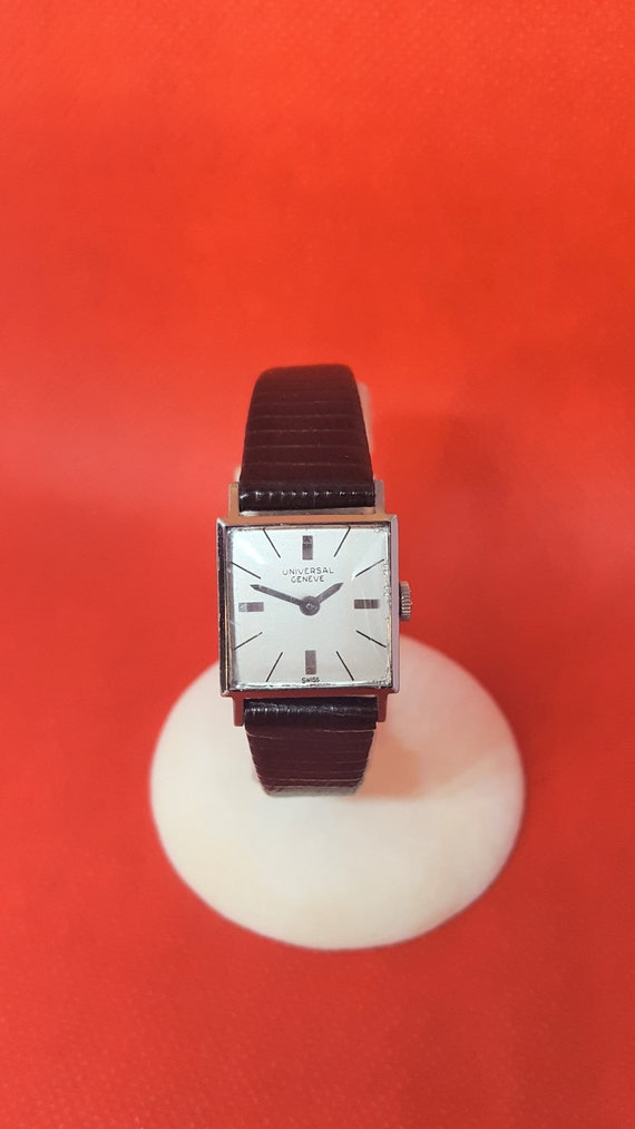 Universal Geneve Stainless Ladies Vintage Watch –