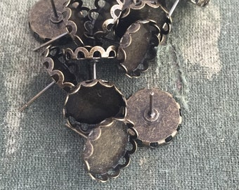 12 bronze earring blanks, 12mm cabochon setting, earring bezel, bronze lace edge, post earring, bronze scalloped edge earring blanks